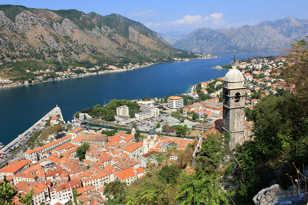 This image has an empty alt attribute; its file name is Kotor-Montenegro-1024x683.jpg