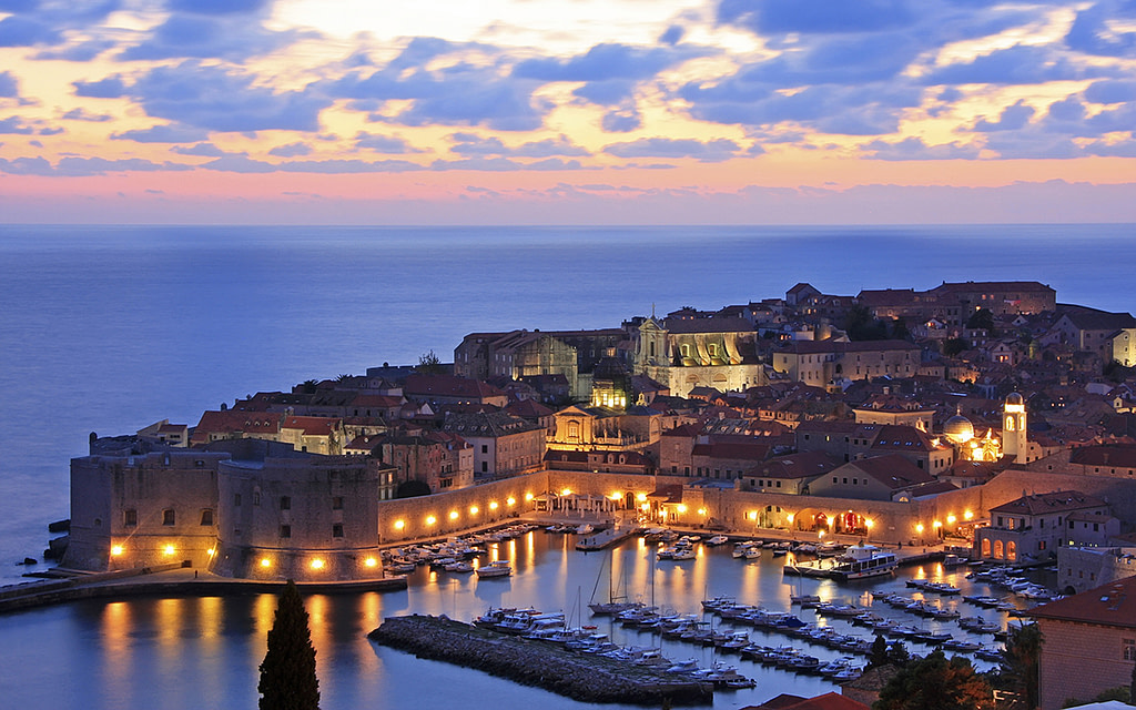 This image has an empty alt attribute; its file name is Adventures-Croatia-Custom-Curated-Itineraries-Travel-Croatia-Dubrovnik--1024x640.jpg