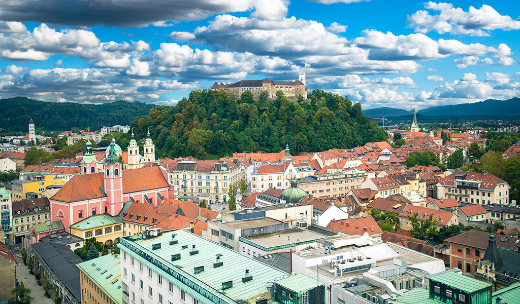 This image has an empty alt attribute; its file name is Ljubljana-Castle-AdventuresCroatia.jpg