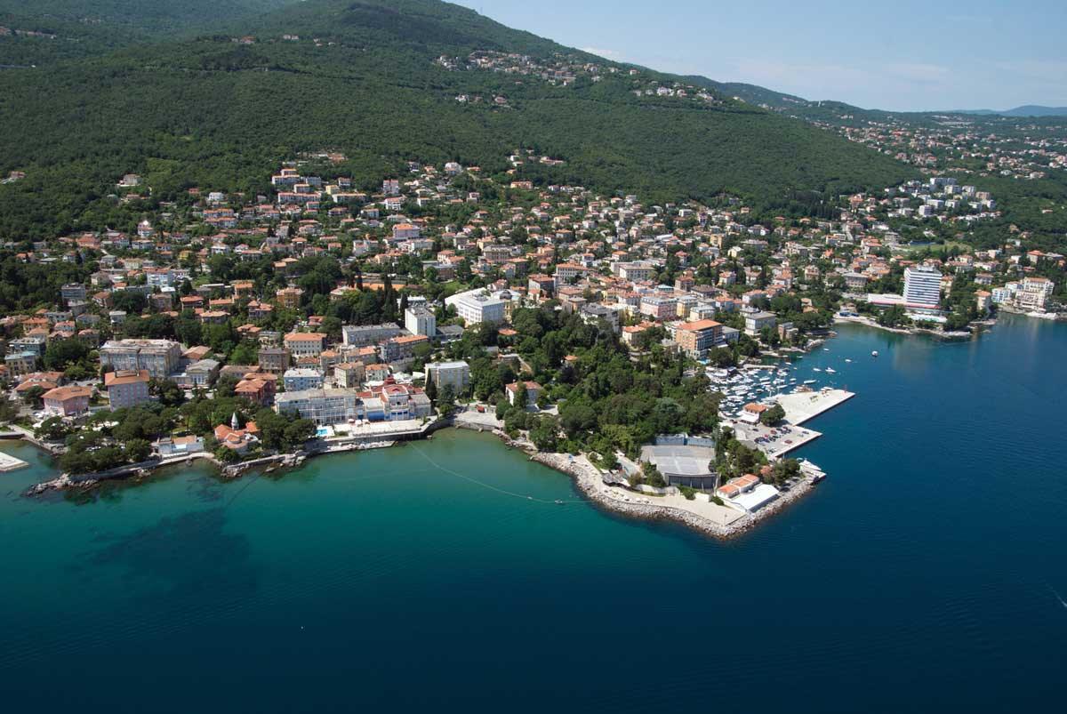 This image has an empty alt attribute; its file name is Opatija-Travel-Croatia-Gulf-of-Kvarner-Adventures-Croatia.jpg