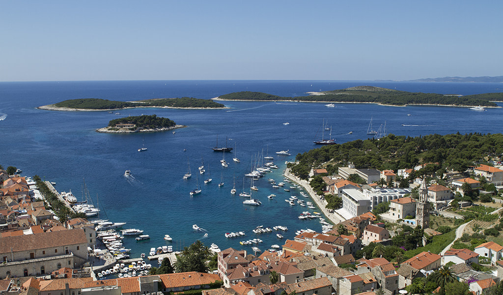 This image has an empty alt attribute; its file name is Adventures-Croatia-Custom-Travel-Itineraries-Travel-Croatia-1024x600.jpg