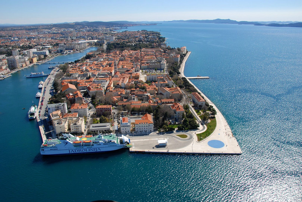 This image has an empty alt attribute; its file name is ZADAR-glavna-panorama-by-Velid-Jakupovic-1024x685.jpg