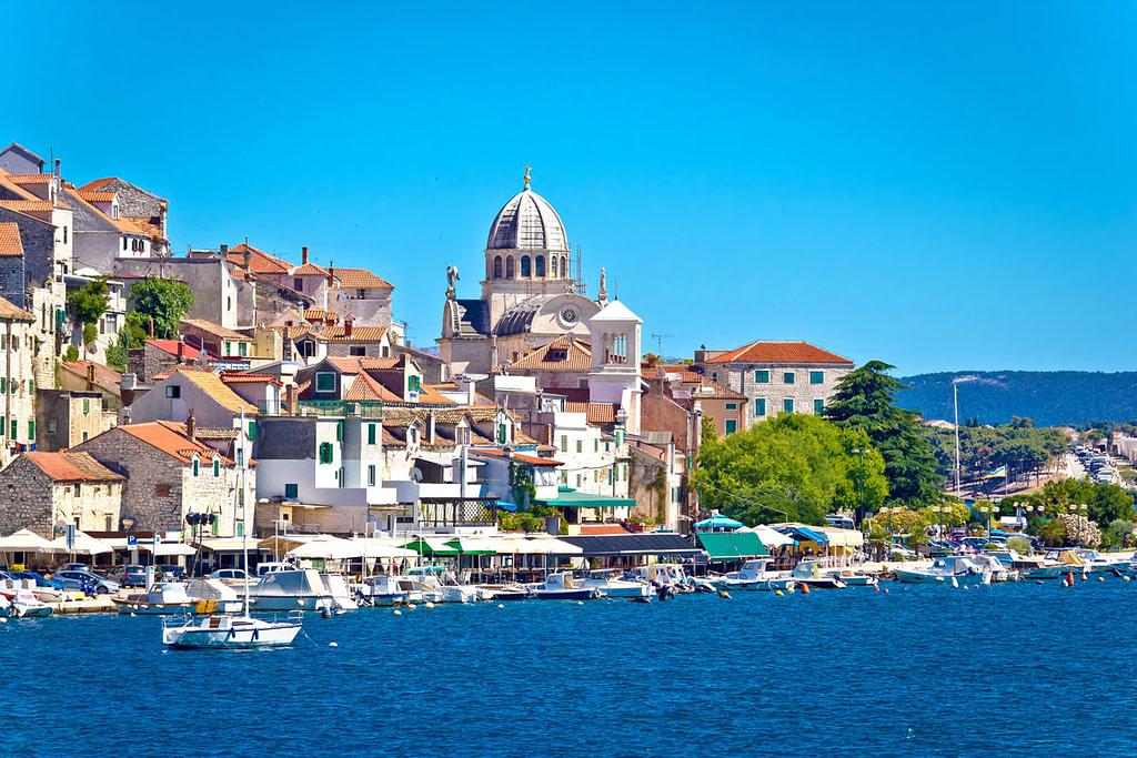 This image has an empty alt attribute; its file name is Sibenik-UNESCO-St-James-Adventures-Croatia-1024x683.jpg